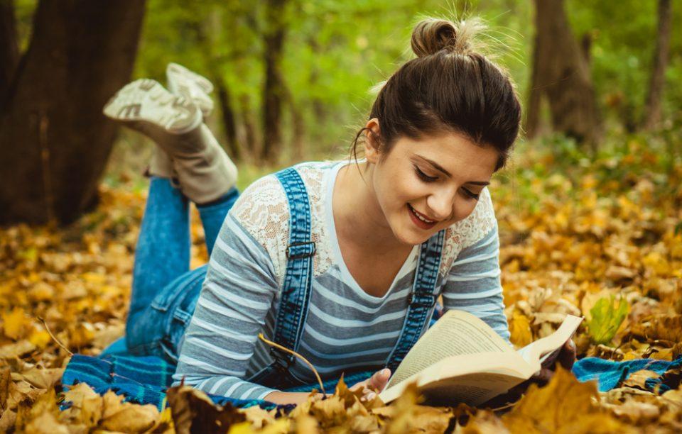 Ce să citești toamna, când vrei să intri și mai mult în atmosferă