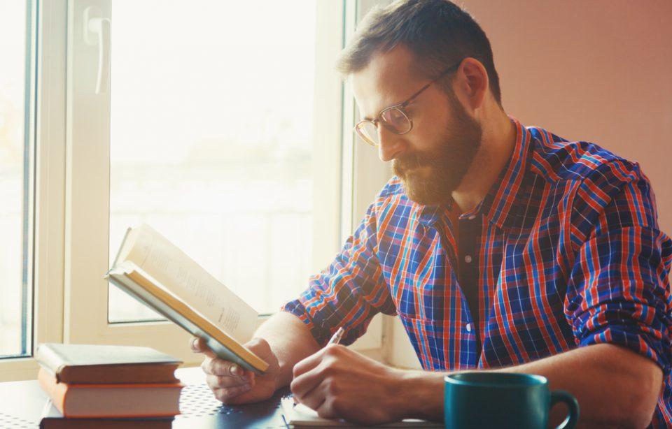 7 cărți în engleză pe care să le citești dacă vrei să exersezi limba